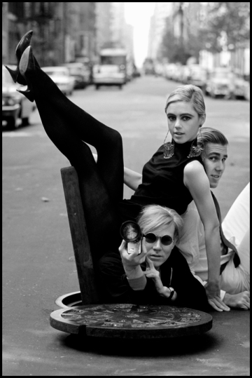USA. New York City. 1965. Andy WARHOL with Edie SEDGWICK and Chuck WEIN.